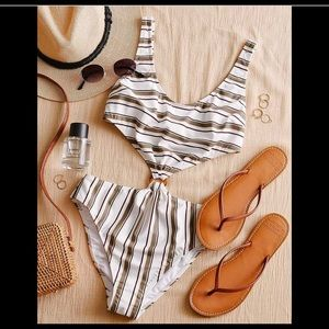 NWT A&F One Piece Swimsuit - Striped